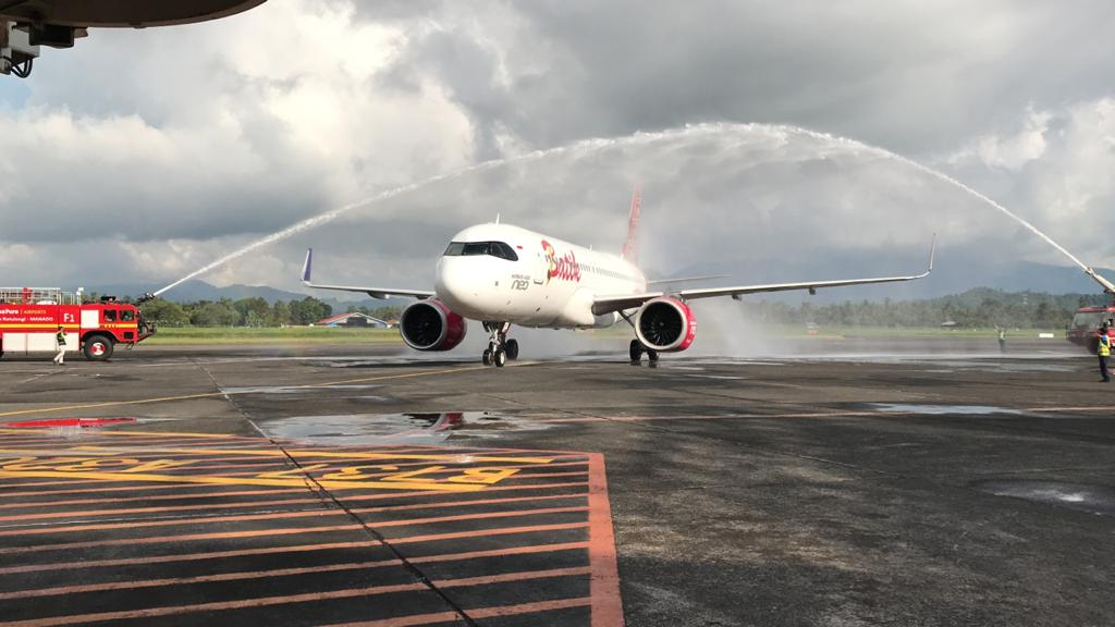 Batik Air Terbang Perdana Makassar - Manado